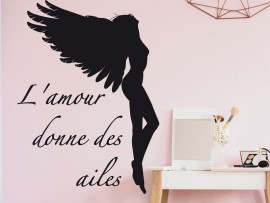 Sticker L'amour donne des ailes